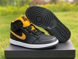 New Jordans 2020 Jordan 1 Mid SE Black Gold CI9352-001