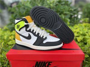Mens Shoes Air Jordan 1 High OG Volt Gold UK 555088-118