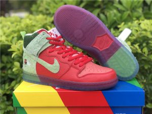 Nike SB Dunk High Strawberry Cough UK For Cheap CW7093-600