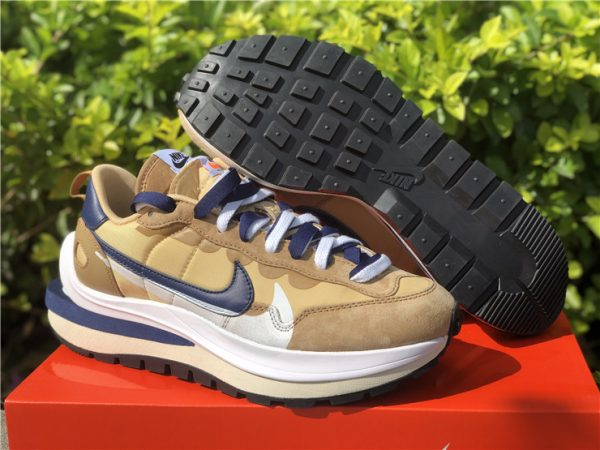 sacai x Nike VaporWaffle Tan Sesame/Blue Void-White In Store DD1875-200