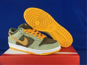 2021 Latest Nike Dunk Low Dusty Olive Pro Gold DH5360-300