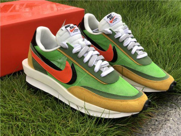 Sacai x Nike LDV Waffle Green Gusto Daybreak Green BV0073-300-1