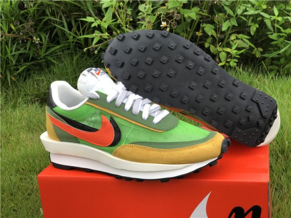 Sacai x Nike LDV Waffle Green Gusto Daybreak Green BV0073-300