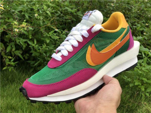Sacai x Nike LDWaffle Pine Green BV0073-301 In Hand