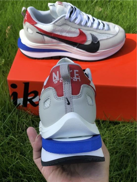 Sacai x Nike Pegasua Vaporfly Sail Jogging Shoes CI9928-010-3